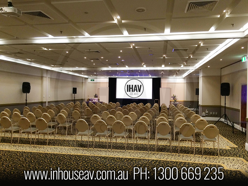 Sydney Boulevard Hotel Projection Screen Hire Main